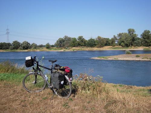 Einmündung der Saale in die Elbe