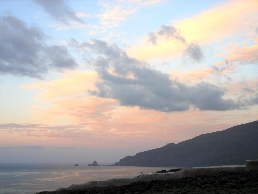 Blick von der Finca Miramar nach Norden zu den Roques del Salmor